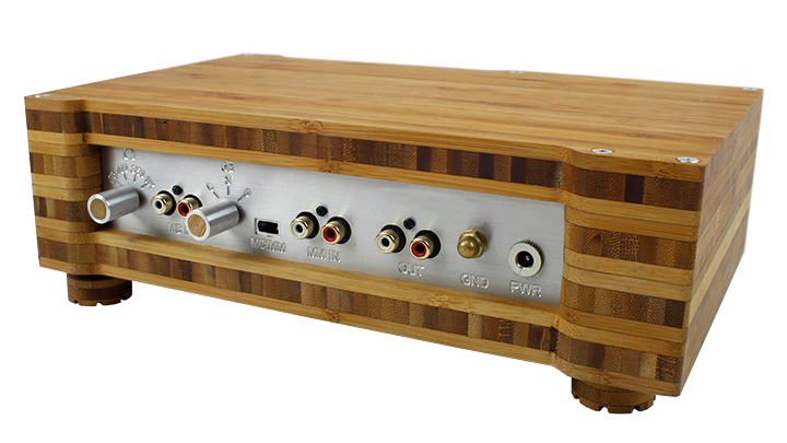 p series phono mc and mm pre amplifier back.